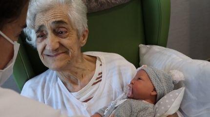 Terapia con muñecas para demencias